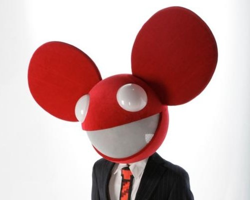 Behold: the Deadmau5 wedding cake