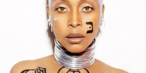 Erykah Badu performs 'Appletree' over SBTRKT's 'Wildfire'