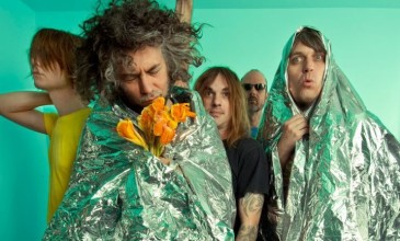 New Flaming Lips album emerges from dark circumstances