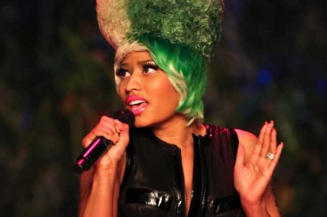 Nicki Minaj apparently endorses Mitt Romney on Lil Wayne's Dedication 4