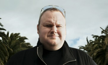 Megaupload launches Mega, joins The Pirate Bay in their &#8220;raid-proof&#8221; Cloud