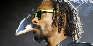 Worth watching for the goal celebrations alone, Snoop Dogg / Lion spanks A$AP Rocky at FIFA 13