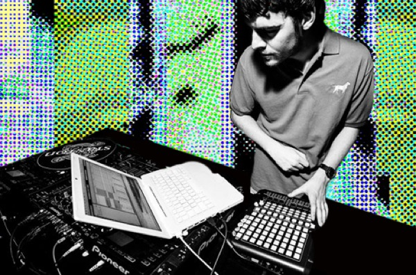 Download a folder of twelve Ryan Hemsworth mixes, including his spectacular session for FACT