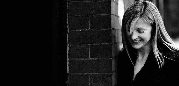 Mary Anne Hobbs joins BBC 6 Music, presenting the Weekend Breakfast Show