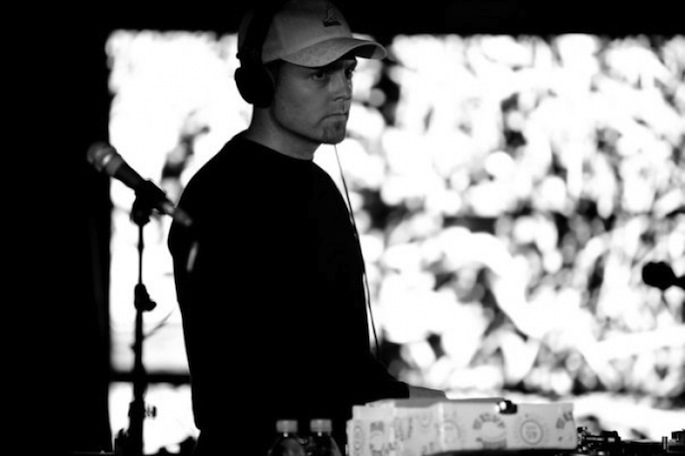 Miami's Mansion apologizes for cutting DJ Shadow's set short