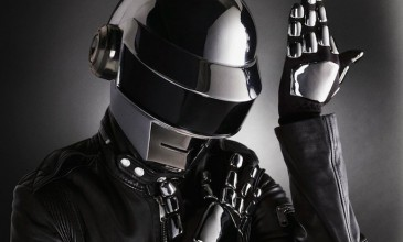 Daft Punk will <I>not</i> be playing at Glastonbury 2013