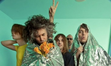 Stream a medley of material from The Flaming Lips&#8217; new album <i>The Terror</i>, complete with barmy notes from Wayne Coyne