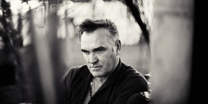 Morrissey diagnosed with double pneumonia; cancels shows