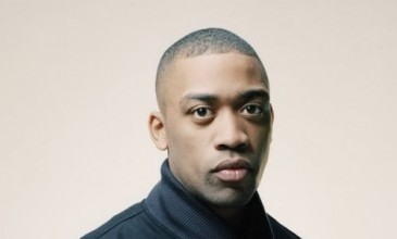 Stream Benga&#8217;s fizzing remix of Wiley&#8217;s next <i>The Ascent</i> single &#8216;Lights On&#8217;