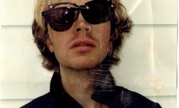 Beck announces new acoustic album