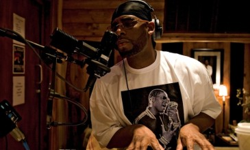 R. Kelly working on country music