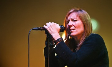 Portishead's Beth Gibbons plans solo album