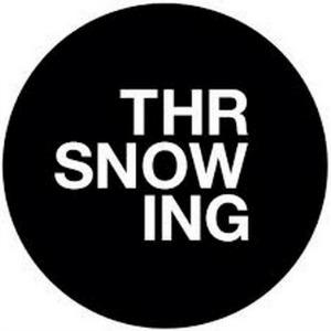 ThrowingSnow140414