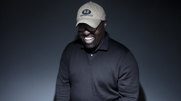 There's a campaign to get Frankie Knuckles to #1, as tributes continue to roll in