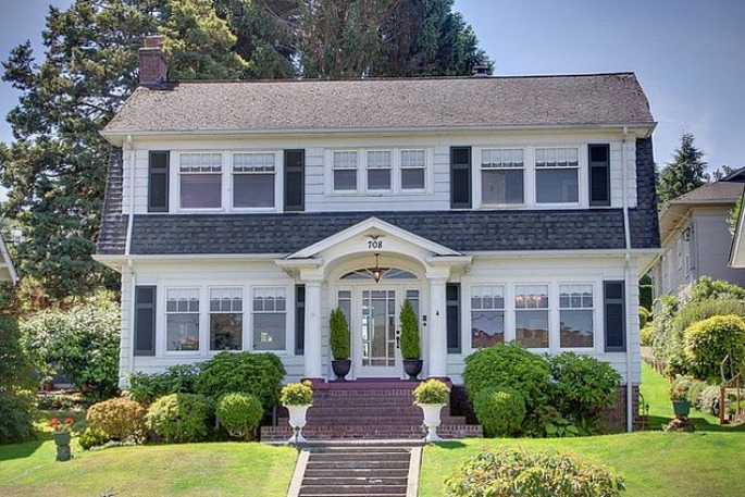 Laura Palmer S House In Twin Peaks Is Up For Sale Fact