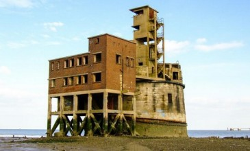 Promoters launch campaign to turn disused fort on Thames into nightclub