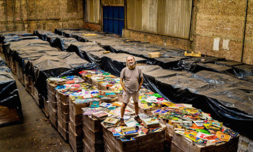 THE BRAZILIAN BUSINESSMAN BUYING UP ALL THE WORLD'S RECORDS HAS PUT IN AN OFFER FOR THE BIRMINGHAM SHOP SELLING ITS STOCK FOR £1 A POP