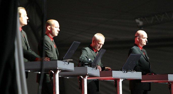 Kraftwerk S Eye Popping Tate Modern Concerts Feature In
