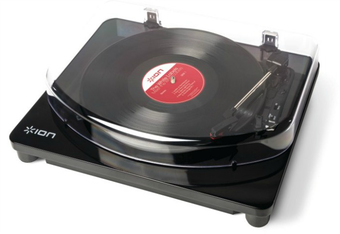 Check out this Bluetooth turntable that lets you play vinyl without wires