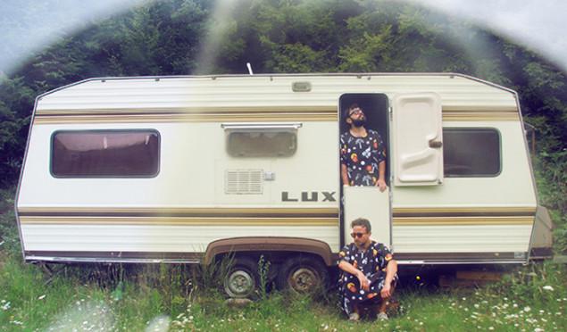 Bulgarian duo 1000 Names unveil new album Migration Pads; share 'The Caravan'