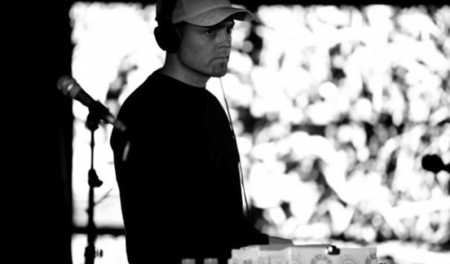 DJ Shadow191212