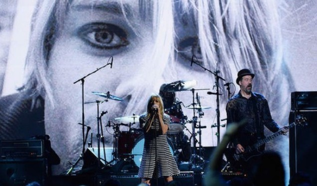 Nirvana perform with Kim Gordon, Lorde, St Vincent and Joan Jett at Rock & Roll Hall Of Fame induction