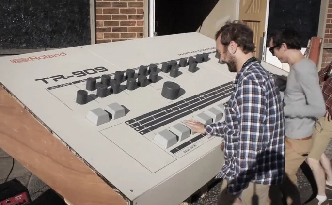 Some Scottish geniuses have built a nine-feet-long Roland TR-909