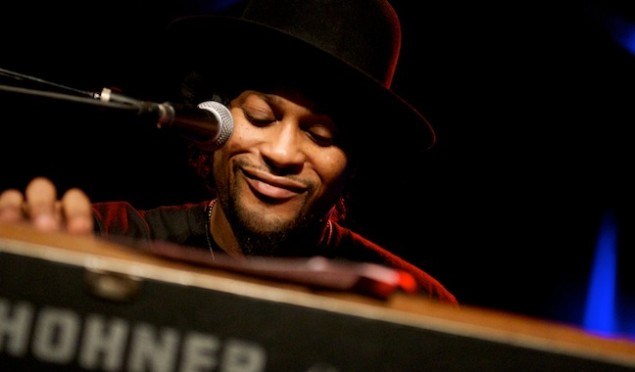 Stream 'Sugah Daddy', from D'Angelo's new album Black Messiah
