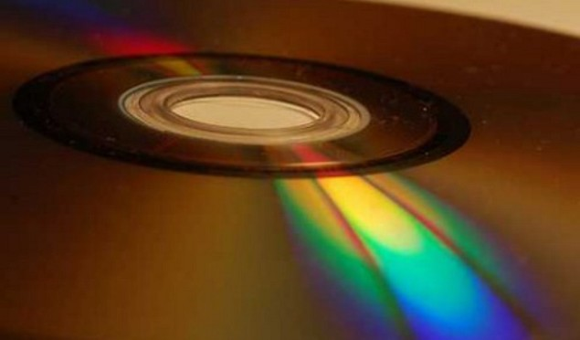 Change to copyright law means it's no longer illegal to rip CDs