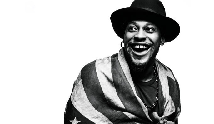 Watch footage of D'angelo and ?uestlove's surprise Brooklyn gig