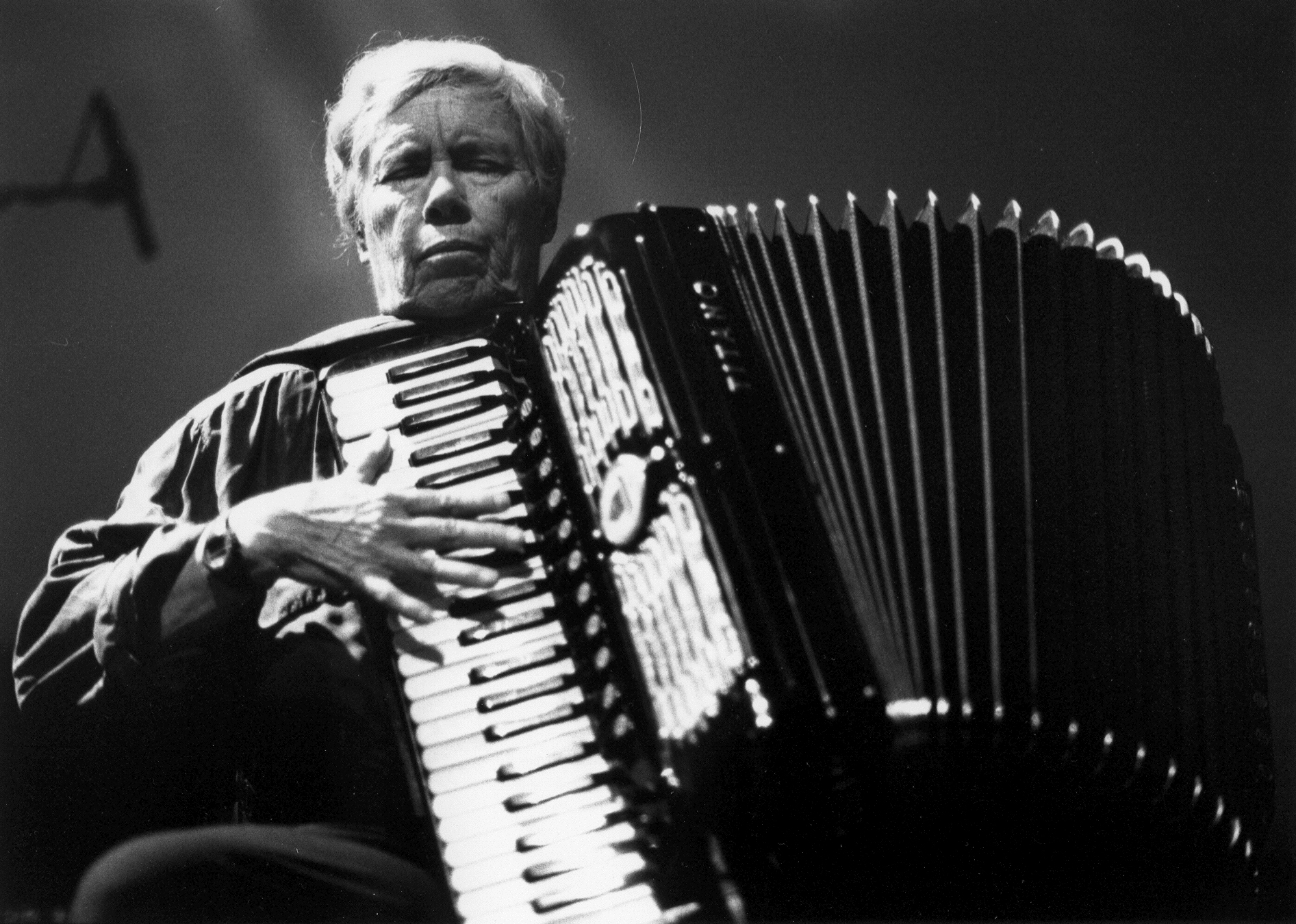 Falling and laughing: a conversation with Pauline Oliveros