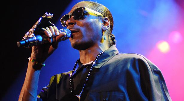 MTV EMAs EMA 2013: Watch all performances, including Snoop Dogg and Dam-Funk, Miley Cyrus, Eminem and more stream EMAs