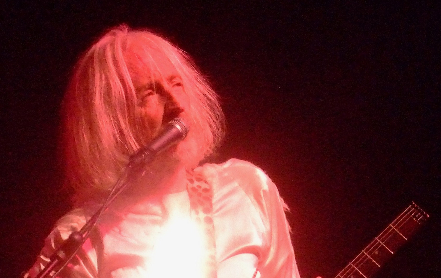 Daevid Allen performing in Sicily