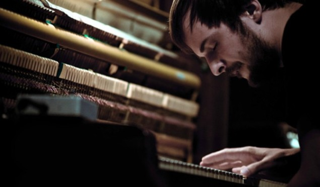 """Nils Frahm declares March 29 """"Piano Day"""" –stream new track 'Wall'"""