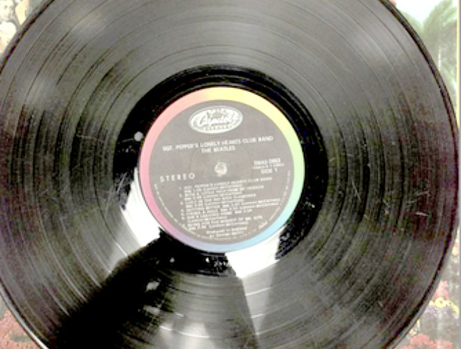 How to use Photoshop to avoid buying scratched secondhand records online