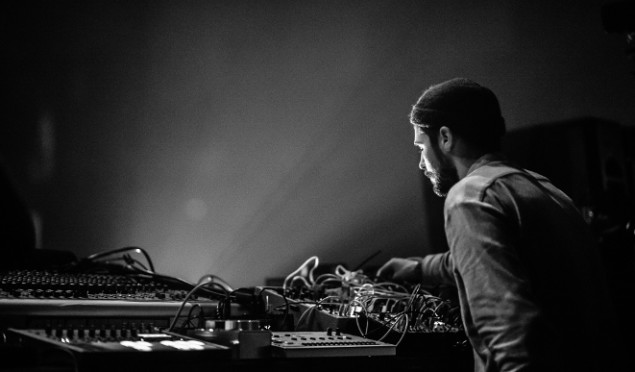 "Blawan launches TERNESC label with solo 12"" of gritty modular techno"