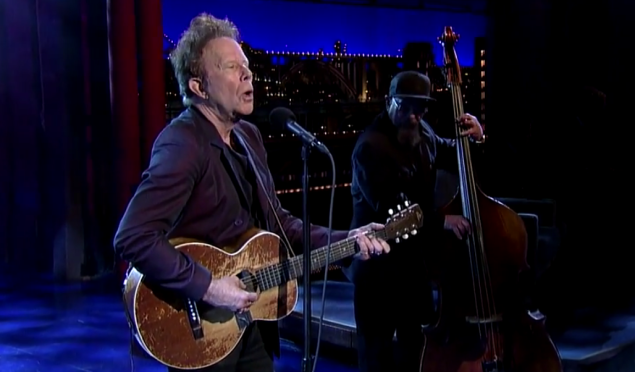 Watch Tom Waits play new song 'Take One Last Look' for David Letterman's retirement