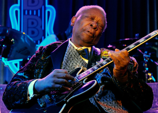"""B. B. King's heirs to challenge will over manager's """"undue influence"""""""
