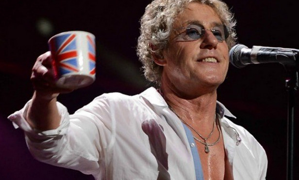 The Who's Roger Daltrey threatens to quit gig after smelling marijuana