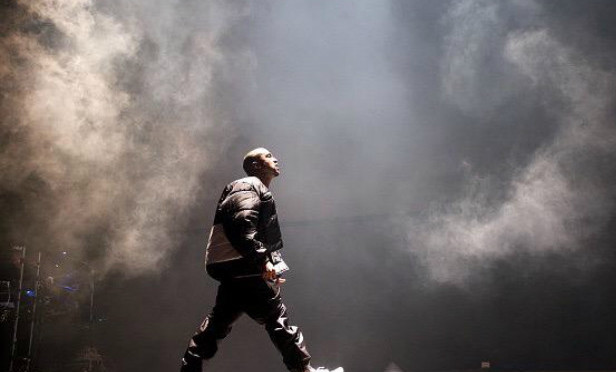 Kanye West issues statement regarding Billboard Music Awards censorship