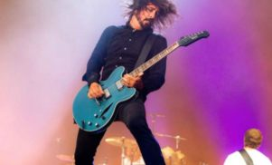 """Washington City Paper refuses to sign """"exploitative"""" photo contract for Foo Fighters gig"""