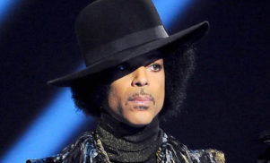 Prince pulls catalogue from all streaming services except Tidal