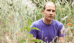 Daphni gives away new track 'Vikram'