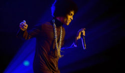 Prince releases 'Stare' single exclusively on Spotify