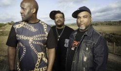 De La Soul recruit Usher, Snoop Dogg and more for Kickstarter-funded album