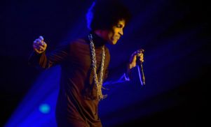 Prince explains Tidal partnership, compares record contracts to slavery