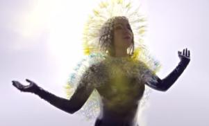 Björk breaks down 'Stonemilker'
