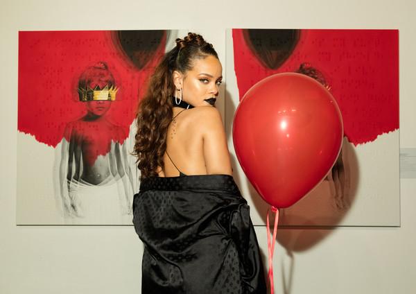 Rihanna-1-27-15