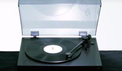 Sony unveils PS-HX500 hi-res turntable