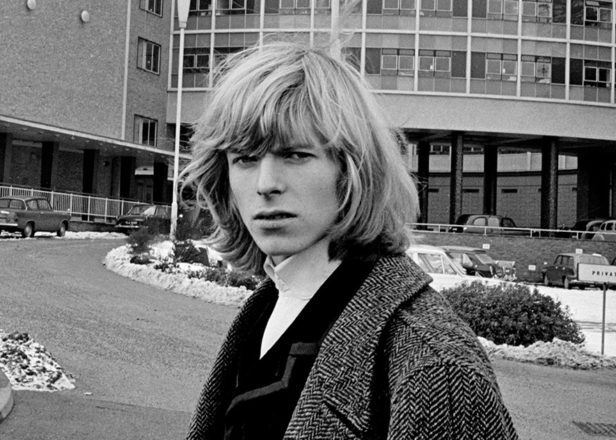 Watch David Bowie's first TV appearance in 1964